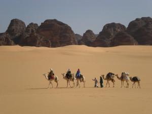 Auf dem Kamelrücken durch das Tassili N'Ajjer